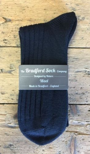 Men's Wool Socks - Navy -  Machine Washable.